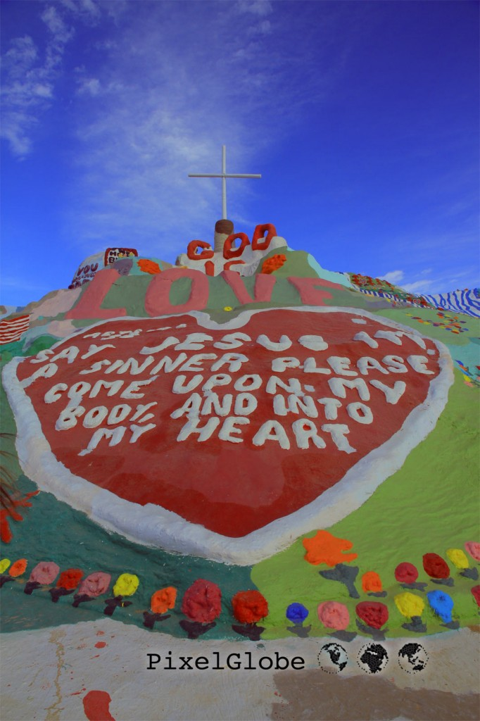 SalvationMountain4